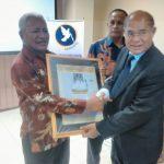 Drs. Ayub Titu Eki., MS., Ph.D, Bupati  Kupang Yang Takut Akan Tuhan