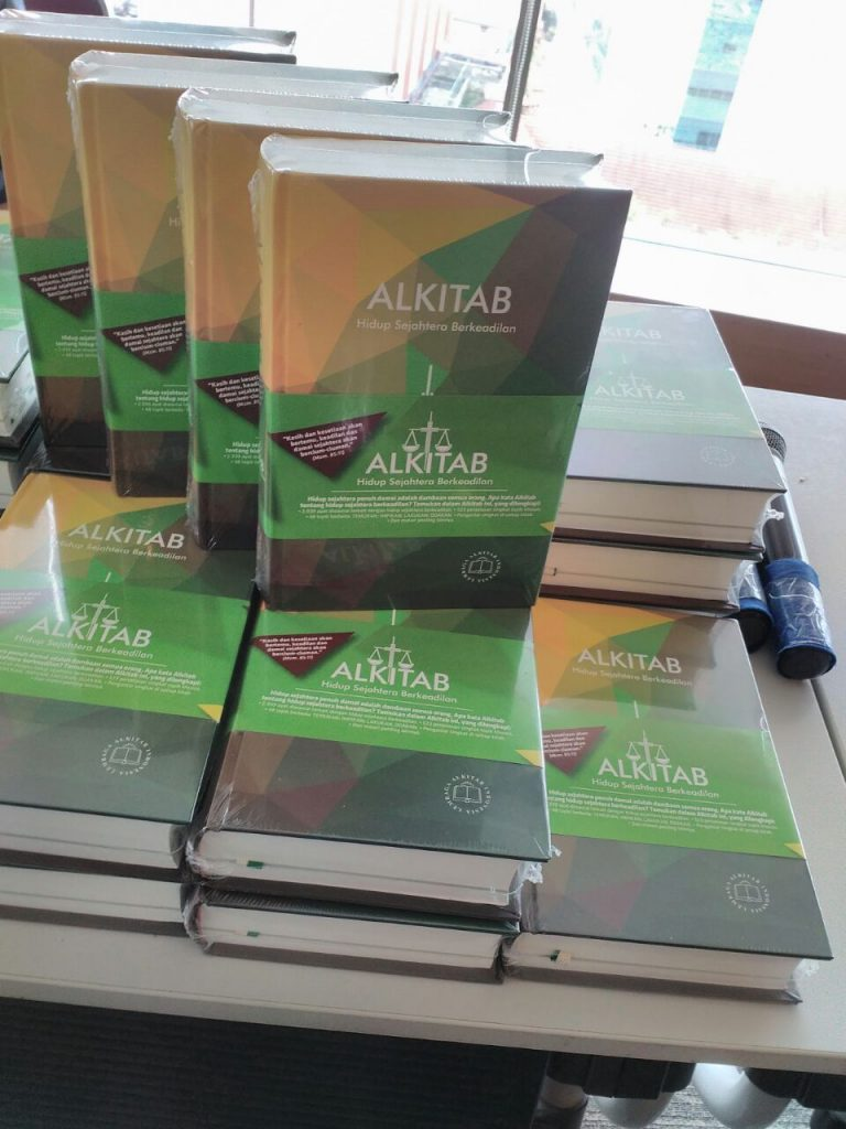 LEMBAGA ALKITAB INDONESIA TERBITKAN ALKITAB HIDUP SEJAHTERA BERKEADILAN