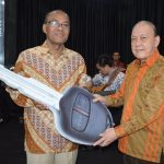 Ibadah GMB GBI REM Bulan April 2018: BPD Sumatera Barat Terima Bantuan Mobil Gran Max Ke 22