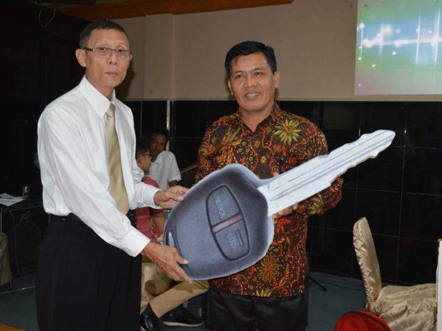 Ibadah GMB Bulan September  2018: BPD Pekan Baru-Riau Terima Bantuan Mobil Gran Max Ke 27